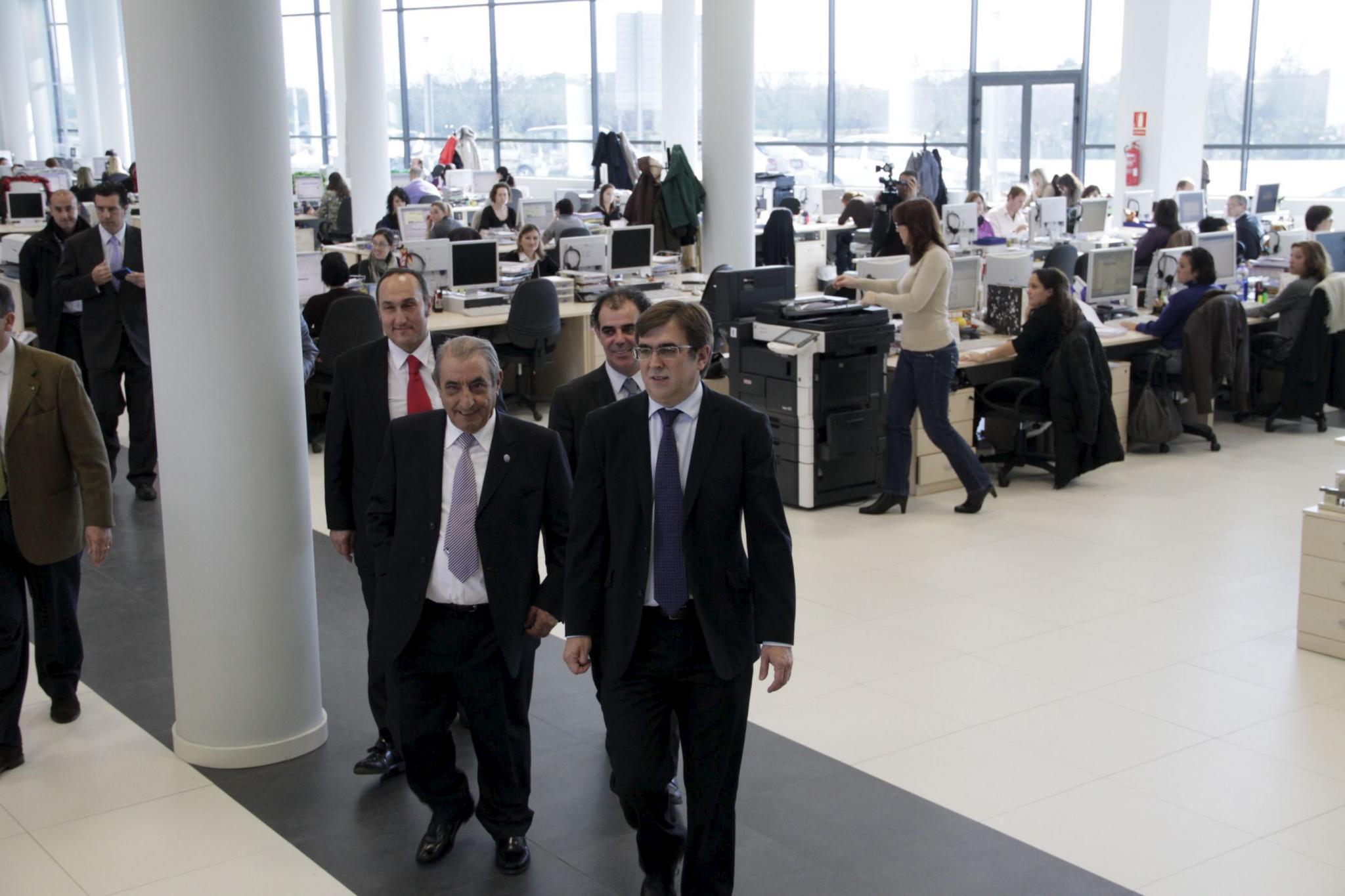 Hidalgo justifica la prórroga del estado de alarma y la privatización aeroportauria