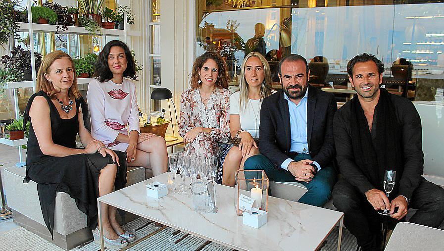 Bahía Mediterráneo celebra con una fiesta su reapertura