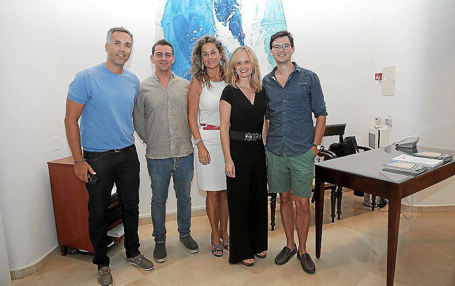 Mercedes Roglá presenta su obra en la Galería Vanrell