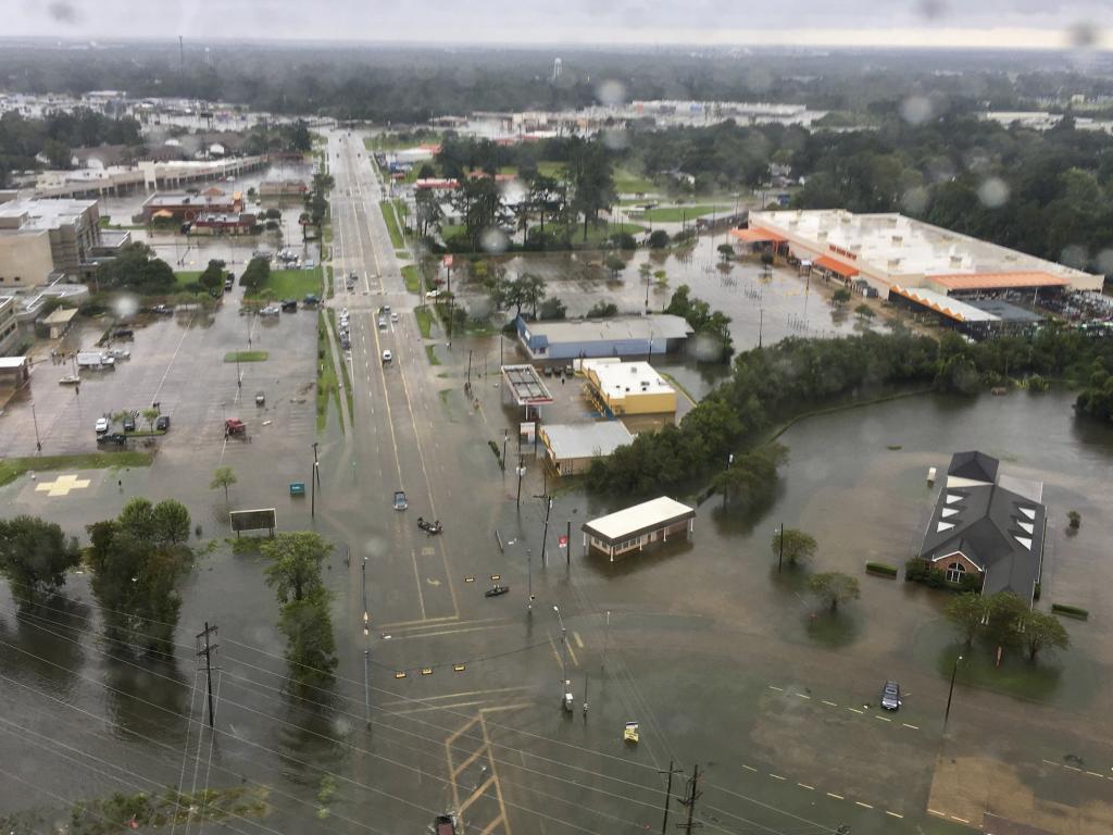 Ascienden a 47 los muertos a causa del paso de 'Harvey' por EEUU