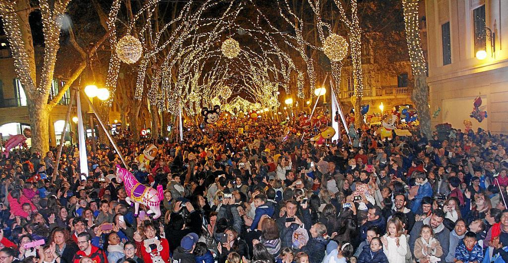 bde4b4e29d2 Las luces de Navidad se encenderán en Palma el día de antes del Black Friday