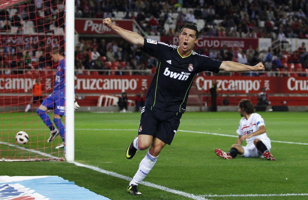 8b5f797d552 Ronaldo se pasea en Sevilla e impide el alirón anticipado del Barça