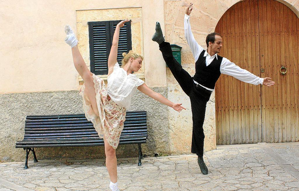 La presencia balear en la feria de teatro de Tàrrega, en la cuerda floja