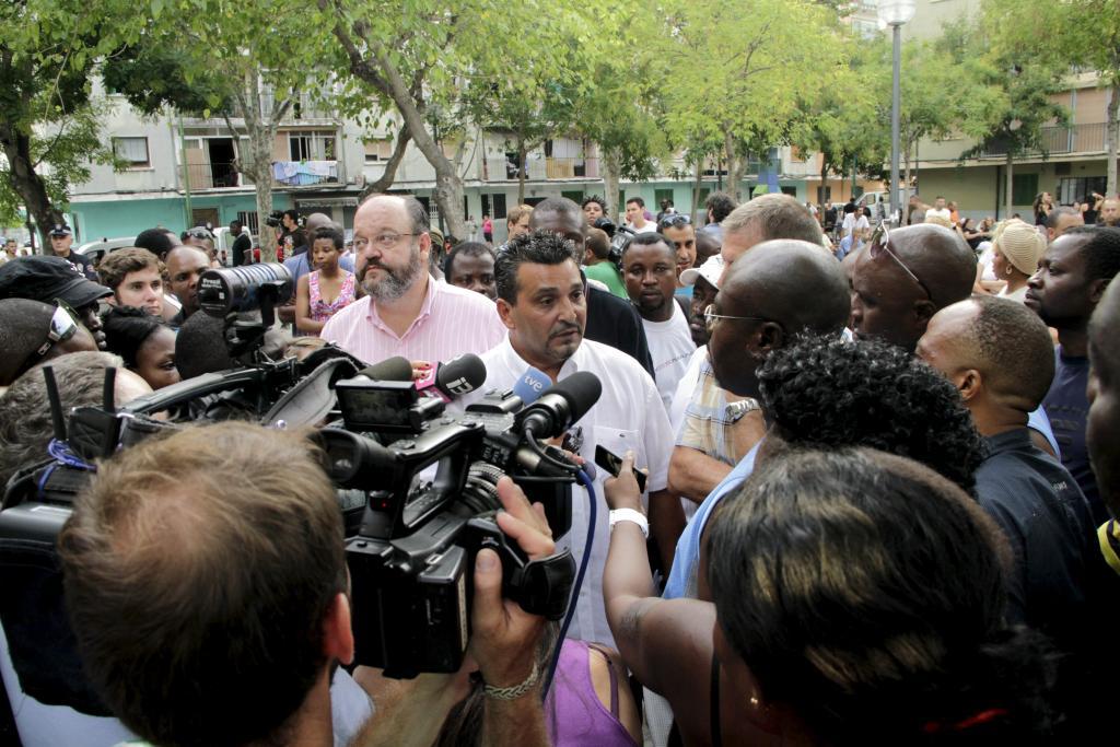 Gitanos y nigerianos firman la paz en Son Gotleu