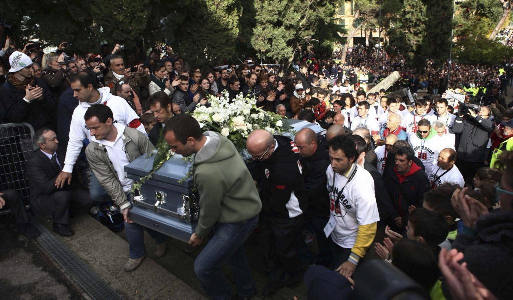 Lorenzo se suma al último adiós a Marco Simoncelli