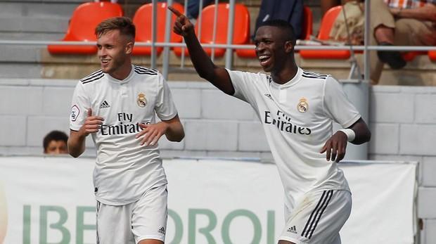 Vinicius se exhibe con el Real Madrid Castilla a2e917bb44447