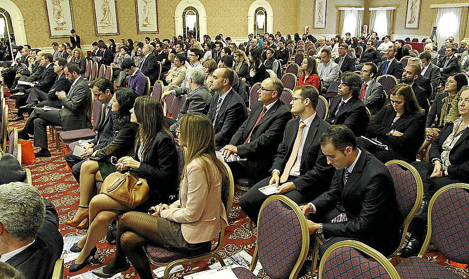 Bauzá anuncia que la Ley General Turística saldrá a exposición pública el lunes