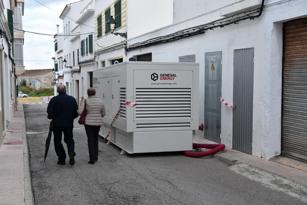Menorca Ciutadella generadors i comerços oberts a es Migjorn