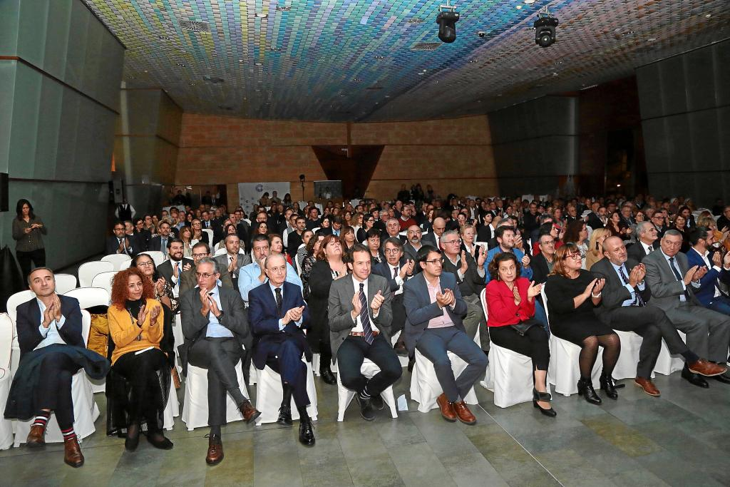 Palma local uh gala populares cope fotos: pilar pellicer