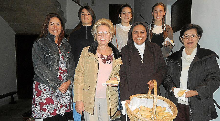 Celebración de la fiesta de Santa Isabel