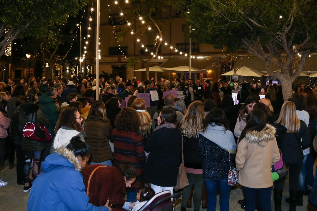 Clamor ciudadano en Ibiza contra la violencia machista y el asesinato de Laura Luelmo
