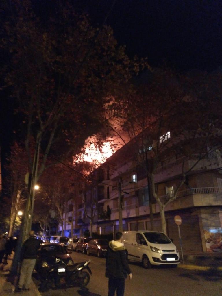Incendio en Palma: Una explosión causa un herido crítico