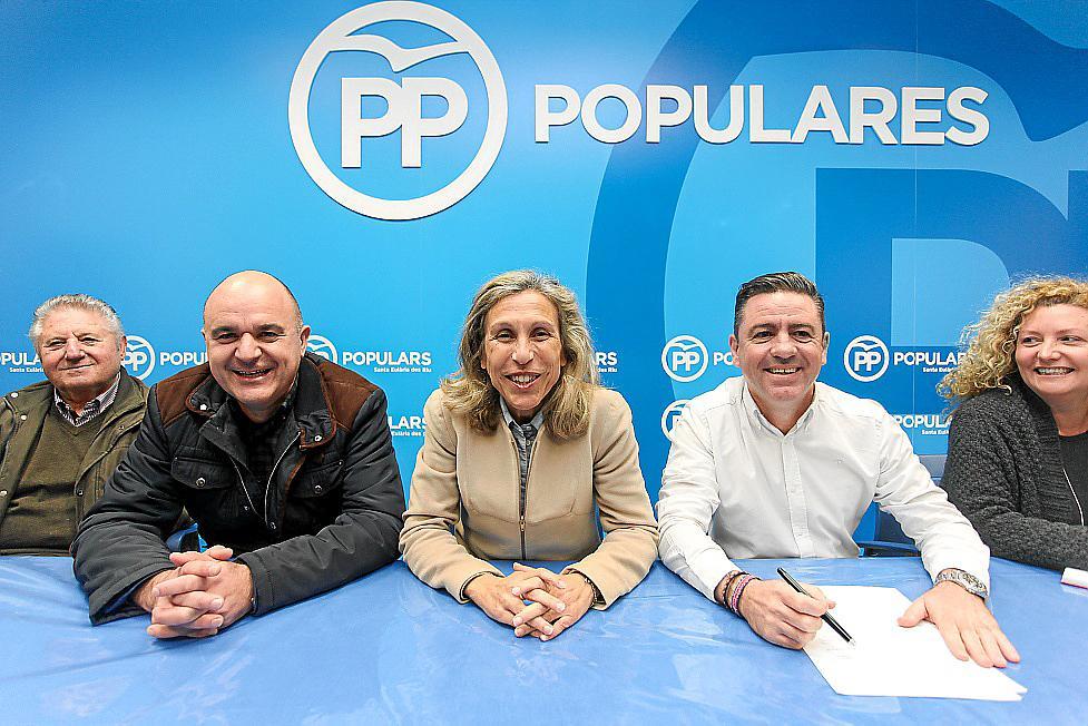 Carmen Ferrer, ratificada como candidata del PP a la alcaldía de Santa Eulària