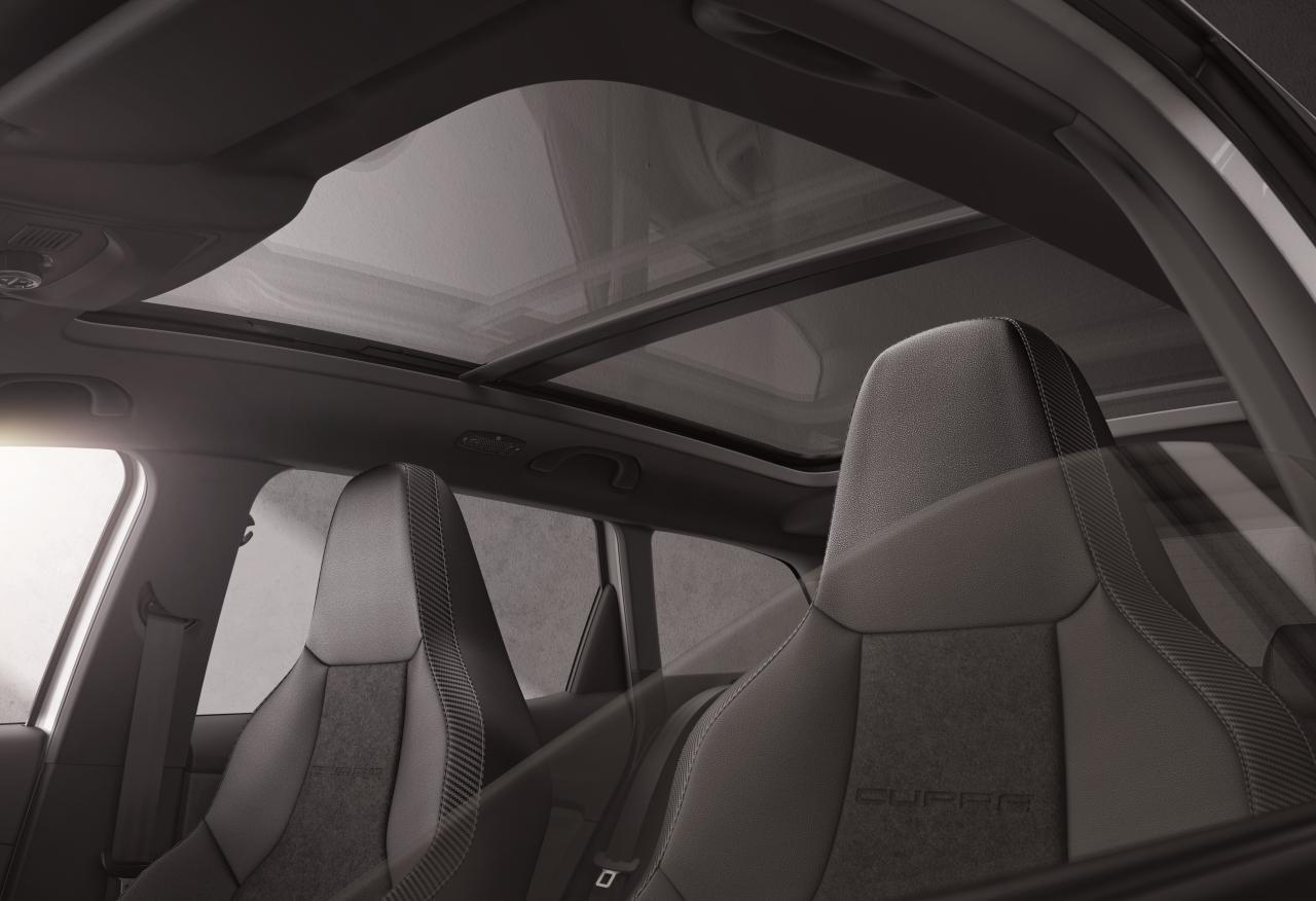 El nuevo SEAT León ST CUPRA R viene de serie con el paquete Advanced Comfort & Driving Pack
