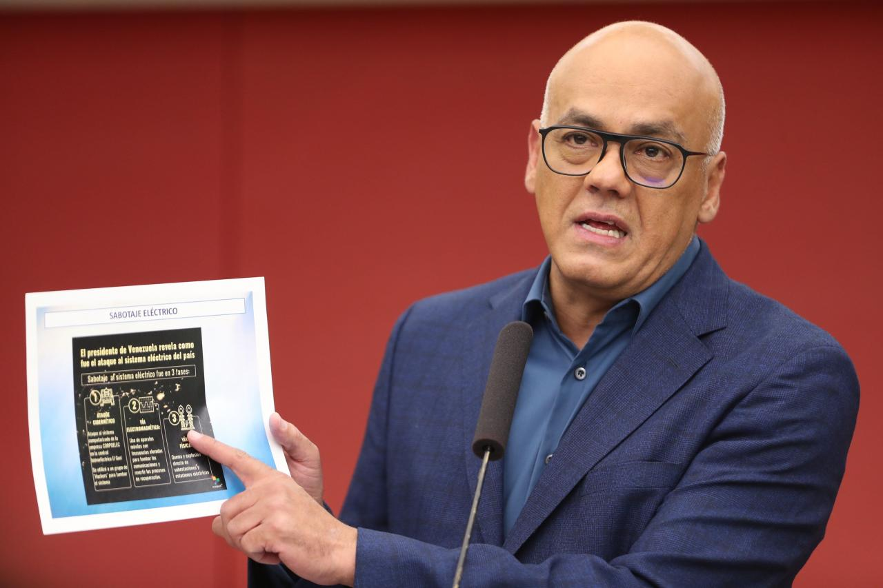Gobierno venezolano dice electricidad está restituida