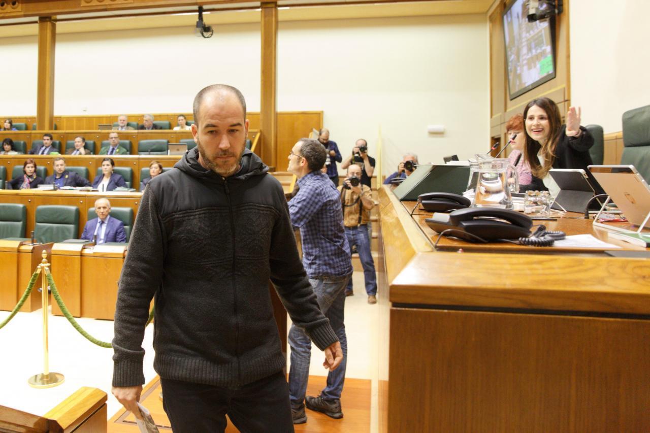 Debate en el Parlamento Vasco sobre abusos policiales