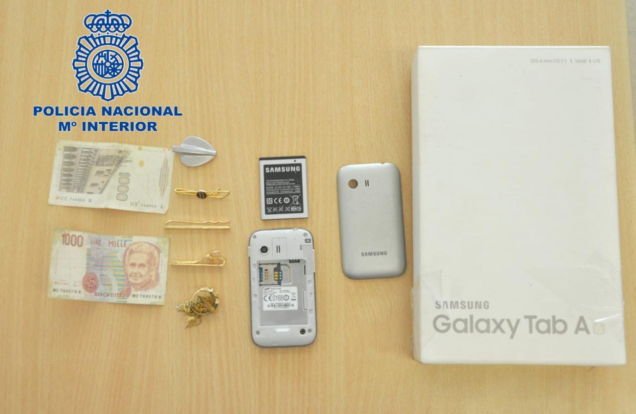 El detenido tenía numerosos objetos robados