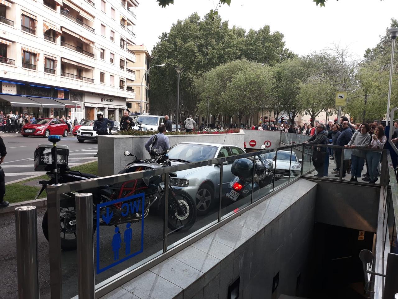 Gran despliegue policial para detener a un ladrón en el parking de Vía Roma, en Palma