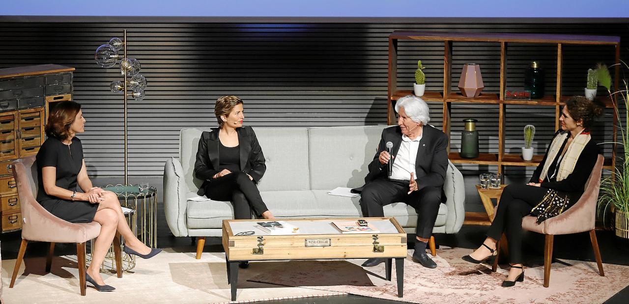 Paula Serra con Miguel, Gloria y Sabina Fluxá
