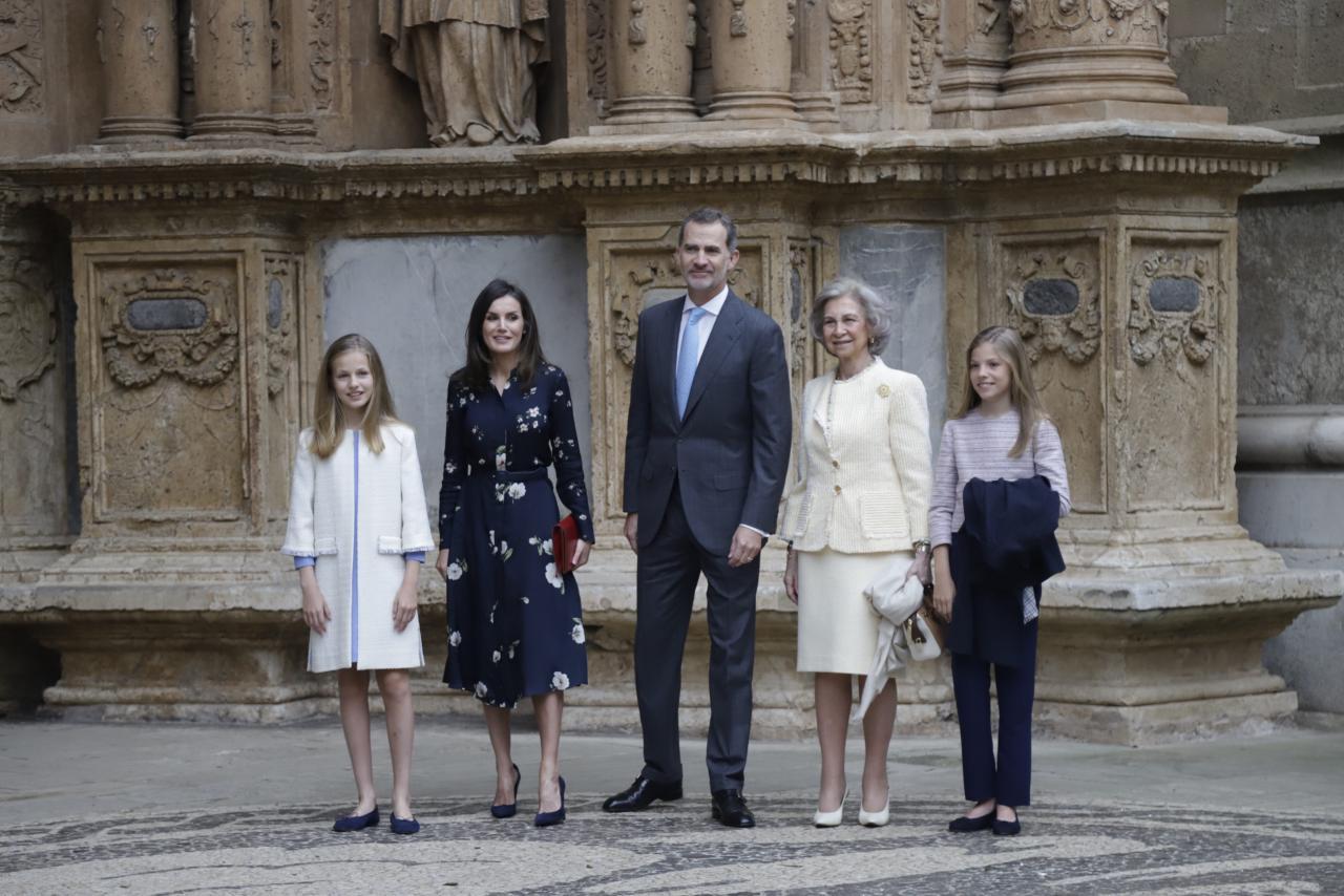 PALMA. MONARQUIA. LA FAMILIA REAL ASISTE A LA MISA DE PASCUA EN LA CATEDRAL DE PALMA.