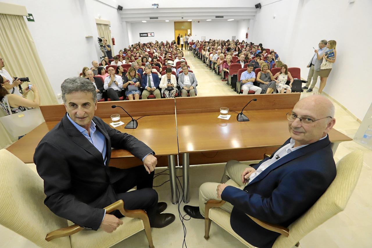 Miquel Roca y Francisco J. Martínez Mojica
