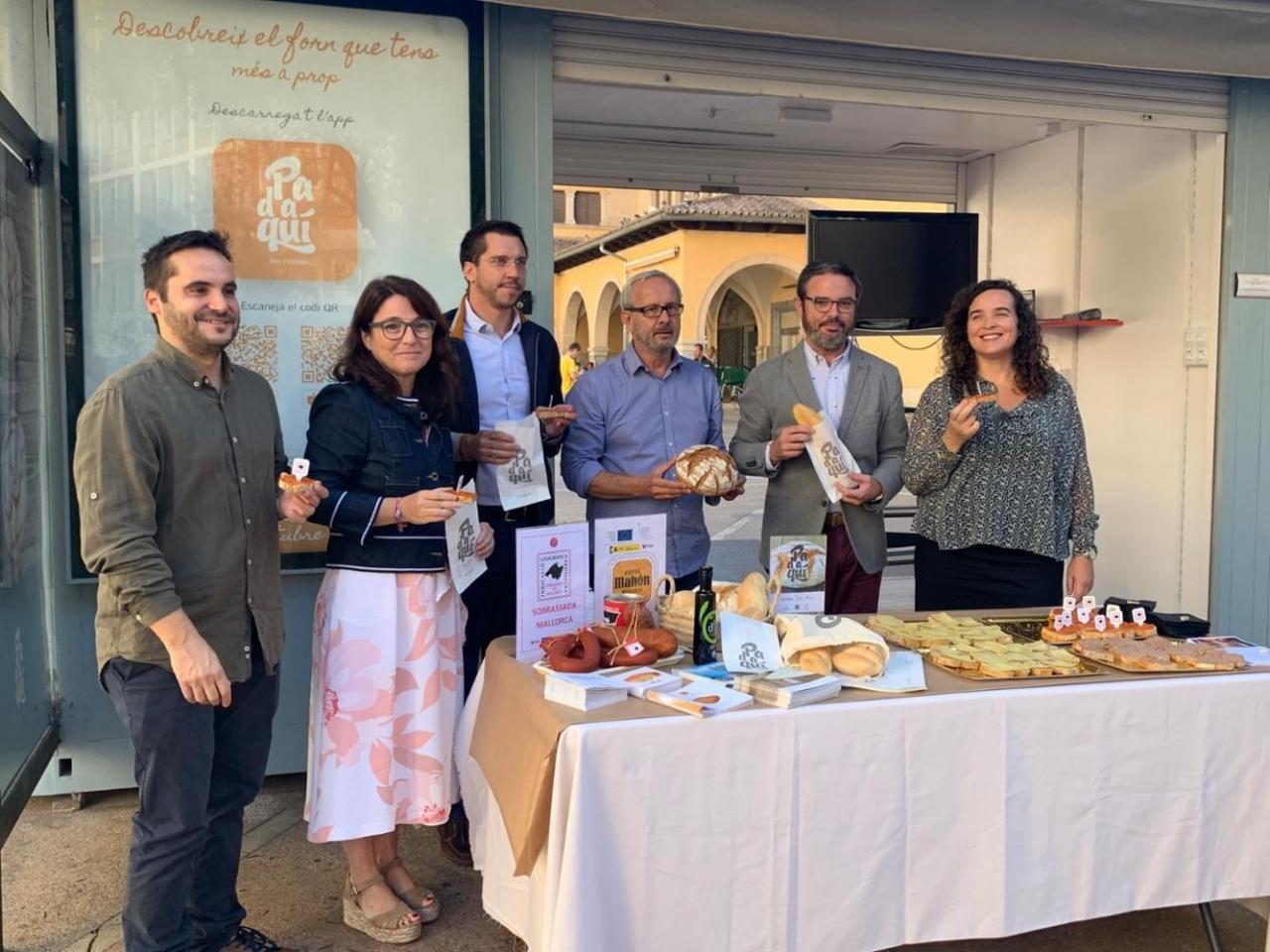 Degustación de 'Pa d'aquí' y rueda de prensa de presentación de una nueva APP sobre panaderias de Baleares
