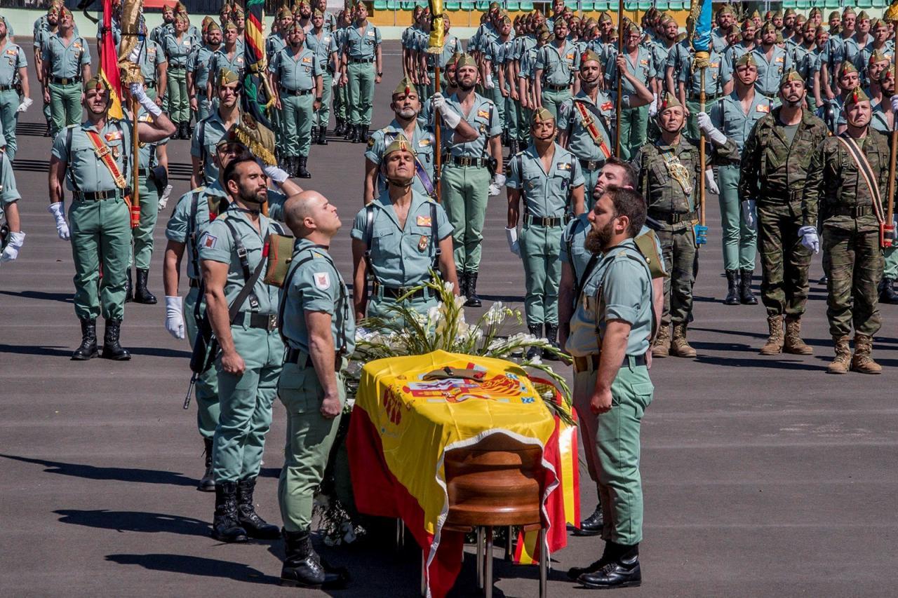 La Legión despide en Viator (Almería) al legionario fallecido en Alicante
