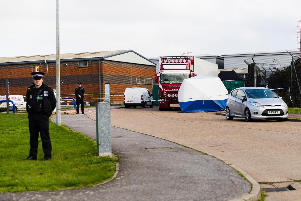 El camión hallado con 39 cadáveres procedía de Bélgica, según la policía