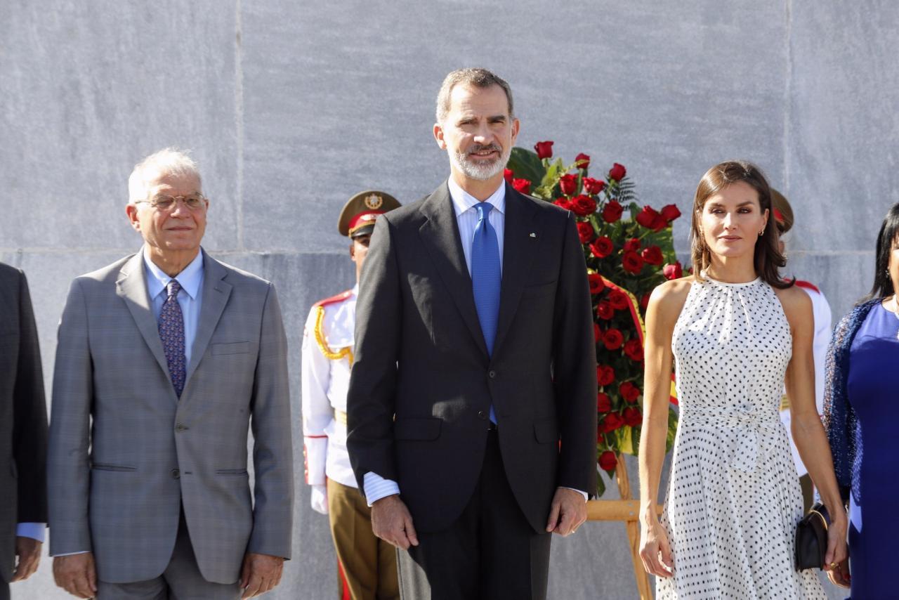 Pareja real española visita Cuba