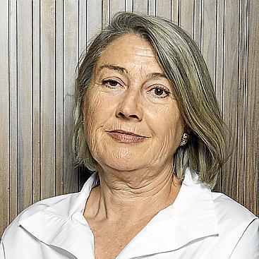 Carmen Riu