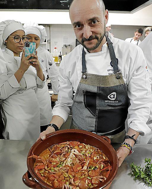 Martí, con su arroz meloso de pulpo y cangrejo