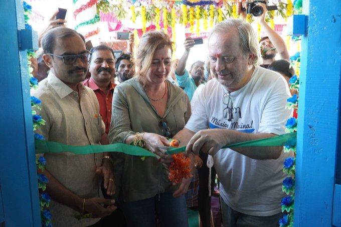 Armengol también ha asistido a la inauguración de una escuela en la localidad de Byluppala