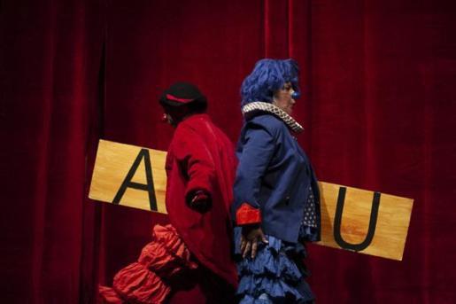 El mundo del clown llega a un público familiar en el Teatre Sans con la obra 'Ximpum'.