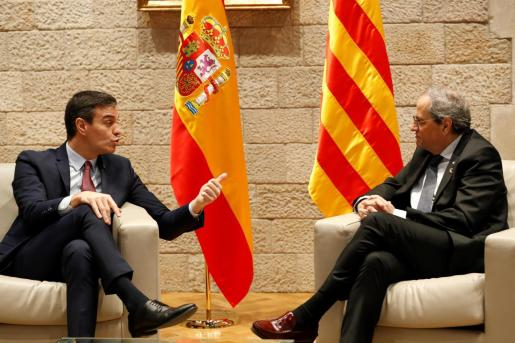 El presidente catalán, Quim Torra, se ha reunido en el Palau de la Generalitat con el presidente del Gobierno, Pedro Sánchez.