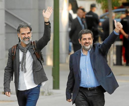 Jordi Sànchez y Jordi Cuixart podrán salir de la cárcel para ir a trabajar y ejercer voluntariado.