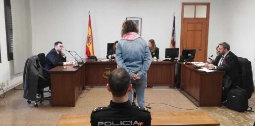La mujer, que se encuentra en la cárcel desde que fue detenida, este jueves en una sala de lo Penal.