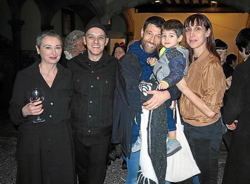Aina Bauzà, Joan Morey, Gaspar Morey, Max y Catalina Carrasco.