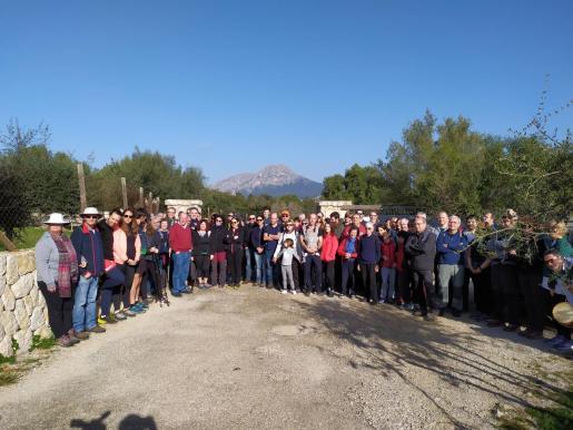 El homenaje ha empezado sobre las 10:30 horas con una marcha que salía desde Son Font, Calvià.