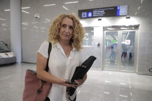 Paula Rotger en el aeropuerto de Palma.