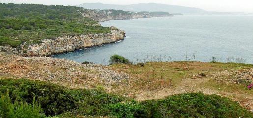 Vista panorámica del área natural de especial interés de Cala Rafeubetx.