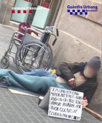 Las largas jornadas en la calle le generaban entre 300 y 500 euros diarios, pero todo era entregado a los explotadores, que se lo gastaban en propiedades inmobiliarias y en un juego de azar muy popular en Rumanía.