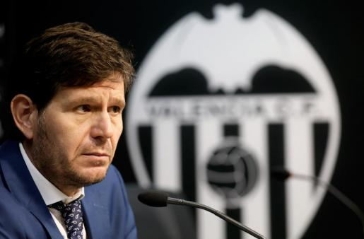 Mateu Alemany, durante una rueda de prensa cuando era director general del Valencia.