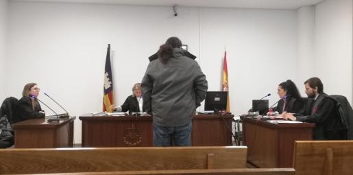 El acusado, durante la vista oral celebrada en Palma.
