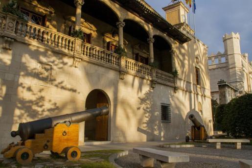 Fachada del Consolat de la Mar, sede del Govern balear.