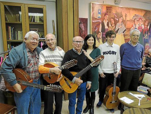 Ignacio de Miguel, Nicolás Zandundo, Federico Navarro, Susana Domenech, Agustín Iván González y Pedro Domenech.