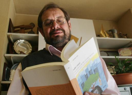 El escritor y profesor Rafel Crespí, en una imagen de archivo.