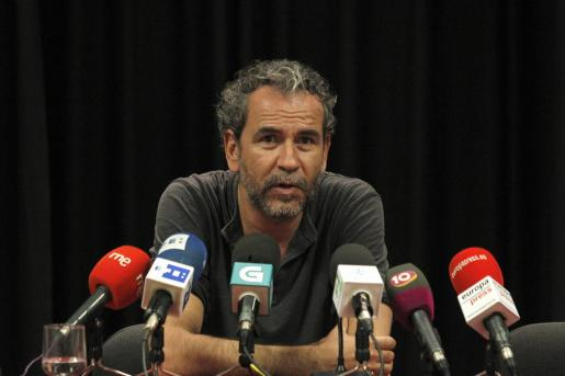El actor, durante una rueda de prensa en el Ateneo madrileño.
