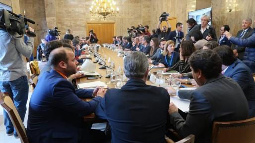 Imagen del primer pleno de la Conferencia Sectorial de Medio Ambiente de la legislatura en la que participan los presidentes autonómicos y la ministra Teresa Ribera.