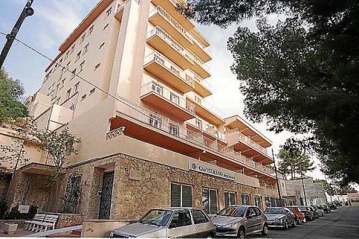 Fachada de la clínica Capistrano, en Palma.