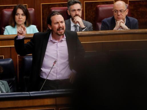 El vicepresidente segundo, Pablo Iglesias, durante su respuesta a la diputada del PP balear, en el Congreso.